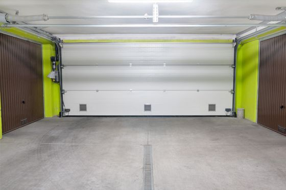 residential-garage-door-interior